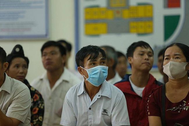 Bố nữ sinh giao gà ở Điện Biên: Luôn tin vợ vô tội, nói đã quá mệt mỏi vì kinh tế kiệt quệ, đến miếng ăn cũng phải nhờ họ hàng giúp đỡ-1
