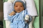 Bé sơ sinh bị bỏ rơi dưới hố ga ở Hà Nội suy đa tạng-2