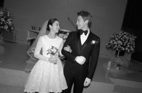 Không chỉ quyền lực, vợ chồng Kim Tae Hee - Bi Rain còn giàu nứt đố đổ vách, hai cô con gái chính là thiên kim tiểu thư hạng nhất xứ Hàn-2