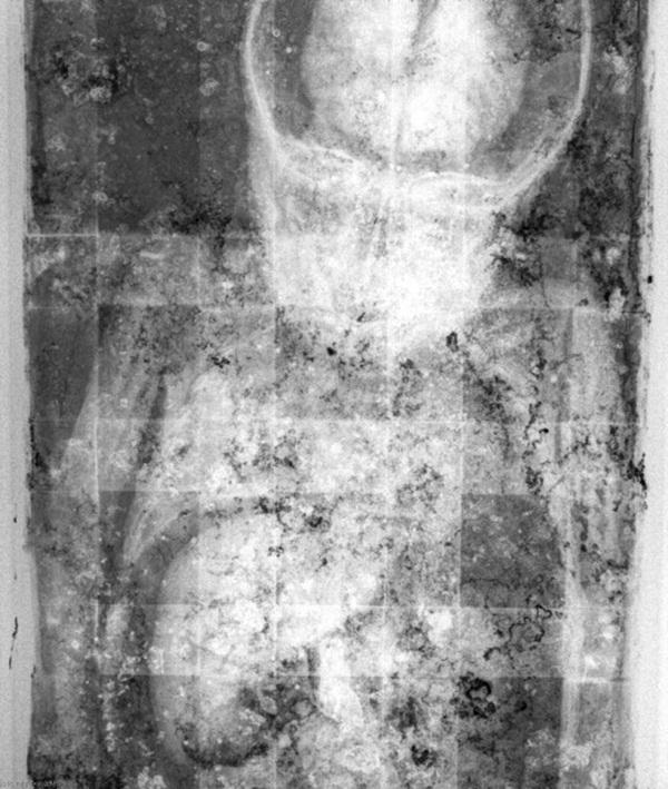 Bí ẩn xác ướp bé gái xinh xắn được ví như phiên bản thật của Công chúa ngủ trong rừng, 100 năm tuổi vẫn còn chớp mắt-5