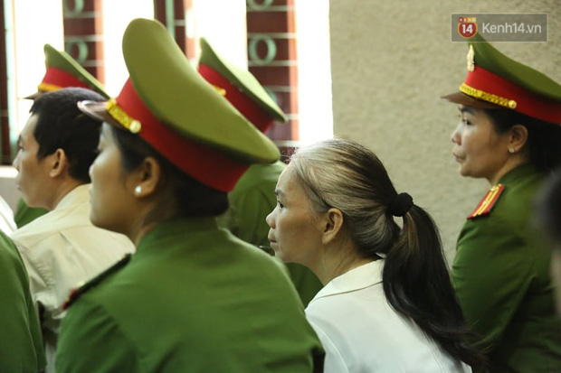 Xử phúc thẩm vụ nữ sinh giao gà: Bùi Thị Kim Thu nói khó thở-9