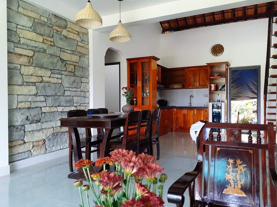 Đẹp giản dị ngôi nhà cấp 4 với chi phí 650 triệu con trai kiến trúc sư xây tặng cha mẹ dưỡng già ở Quảng Nam-18