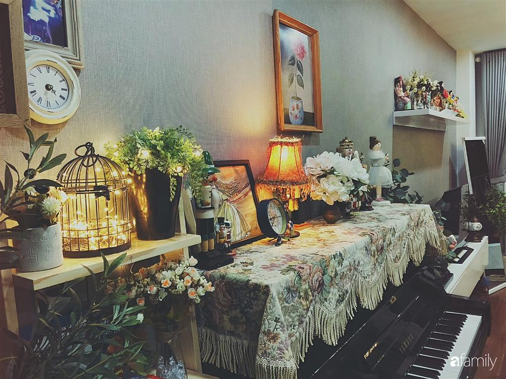 Căn hộ 80m² với phong cách vintage và bộ sưu tập hàng trăm búp bê của cô giáo dạy đàn ở thành phố biển Nha Trang-2