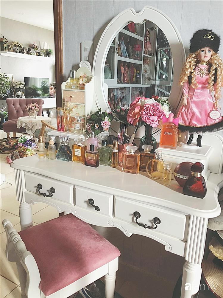 Căn hộ 80m² với phong cách vintage và bộ sưu tập hàng trăm búp bê của cô giáo dạy đàn ở thành phố biển Nha Trang-13