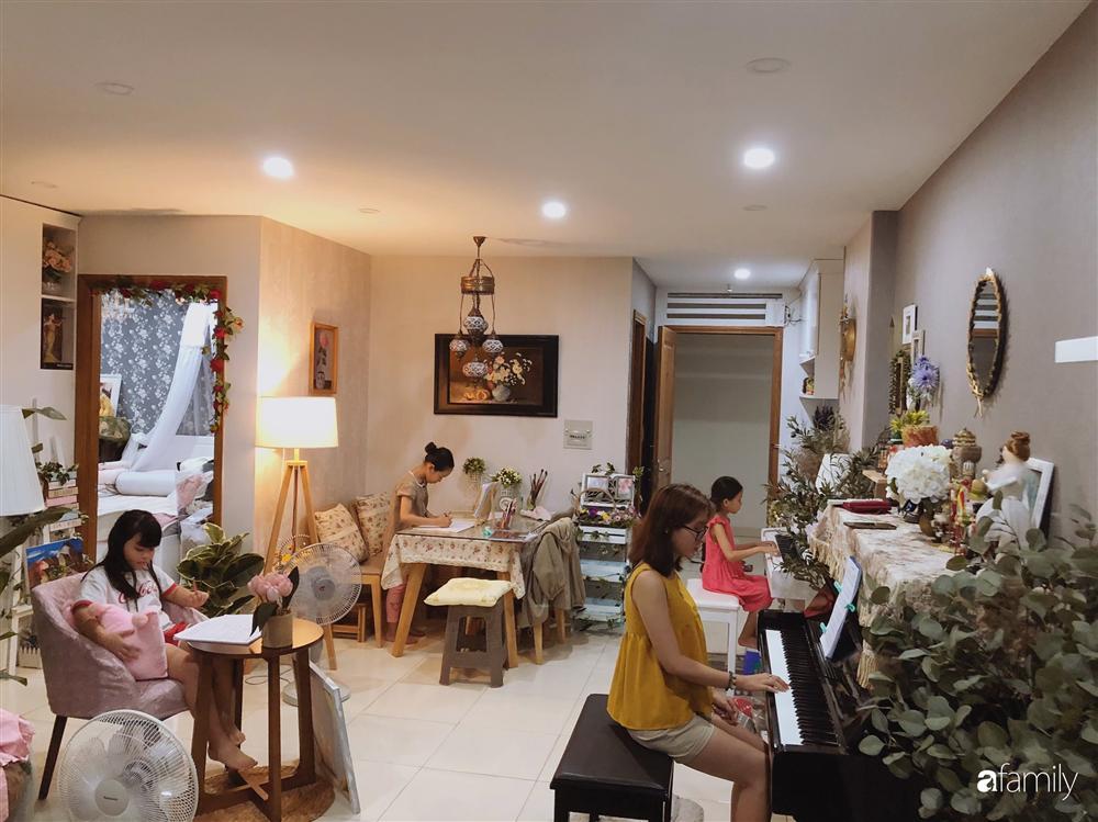 Căn hộ 80m² với phong cách vintage và bộ sưu tập hàng trăm búp bê của cô giáo dạy đàn ở thành phố biển Nha Trang-21