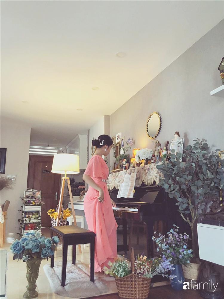 Căn hộ 80m² với phong cách vintage và bộ sưu tập hàng trăm búp bê của cô giáo dạy đàn ở thành phố biển Nha Trang-24