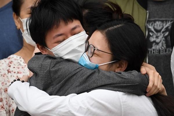 Bệnh nhân thứ 325 tái dương tính với SARS-CoV-2 sau khi xuất viện