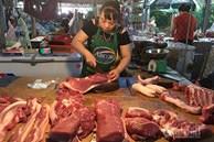 Tăng cao không chịu xuống: Dân ăn thịt lợn đắt, dân buôn lãi đầy túi