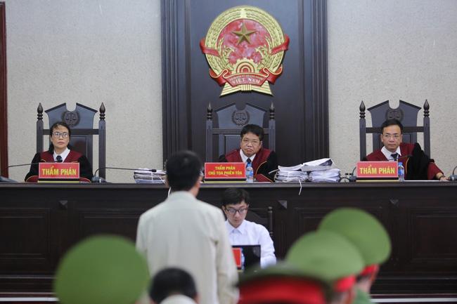 Tuyên án vụ nữ sinh giao gà bị hiếp dâm, sát hại ở Điện Biên: 9 bị cáo nhận 6 án tử hình và 22 năm tù giam-16