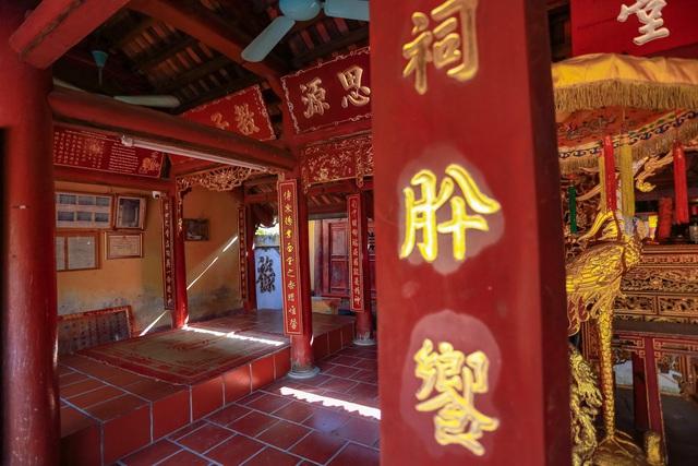 """Nhà cổ gỗ lim chứa toàn báu vật"""" độc nhất của dòng họ nức tiếng Hà Thành-8"""