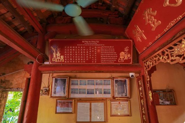"""Nhà cổ gỗ lim chứa toàn báu vật"""" độc nhất của dòng họ nức tiếng Hà Thành-9"""