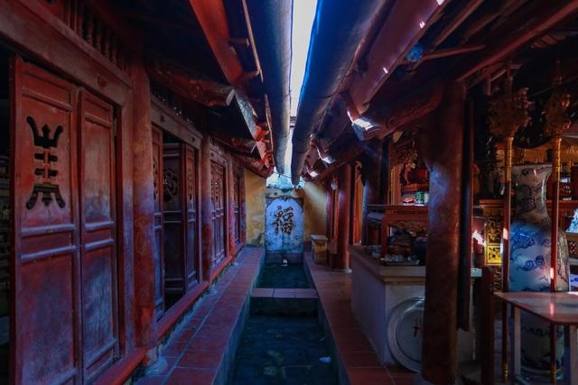 """Nhà cổ gỗ lim chứa toàn báu vật"""" độc nhất của dòng họ nức tiếng Hà Thành-14"""