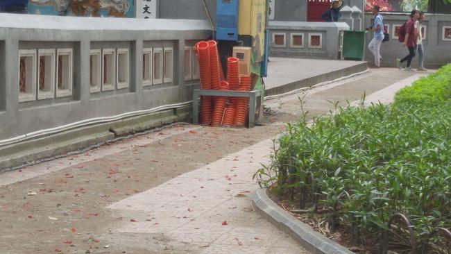 Phát hiện 7 tiểu sành chôn ngay dưới khu vực đền Ngọc Sơn-4