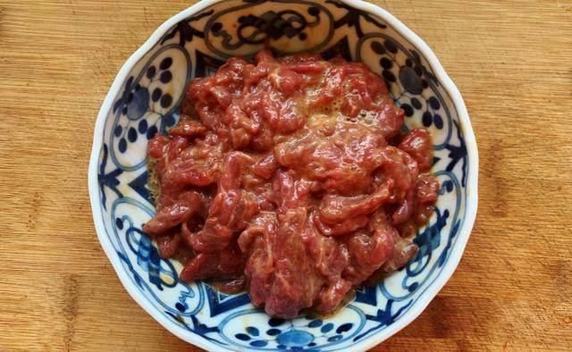 Xào thịt bò, thêm 2 nguyên liệu này thịt mềm, ngon khiến ai cũng muốn ăn nhiều-2