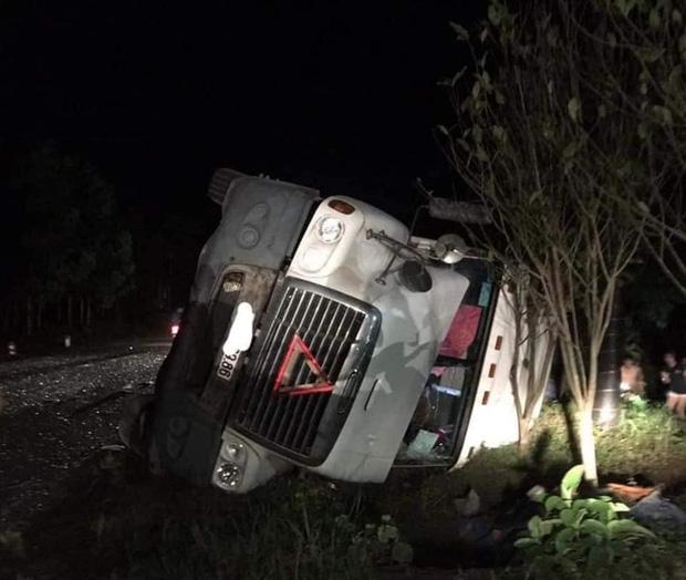 Hiện trường kinh hoàng vụ xe limousine bị container đè bẹp khiến giám đốc, thư ký và tài xế tử vong ở Quảng Ninh-6