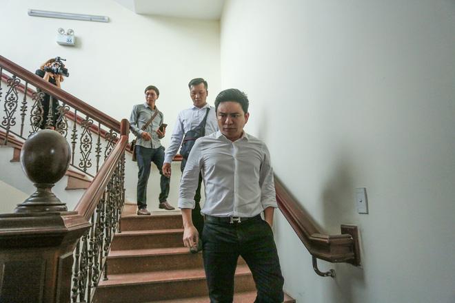 Bác sĩ Chiêm Quốc Thái lớn tiếng, đùng đùng rời phòng xử: Chắc chắn thua rồi, xử gì nữa-5