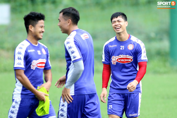 Công Phượng cười tít mắt sau trận thắng, cả đội TP.HCM được thưởng gần 1 tỷ đồng-8