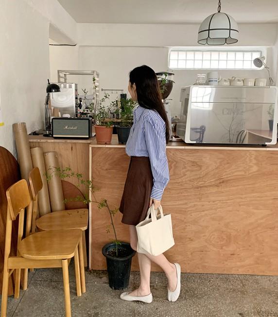 Với một chiếc áo sơ mi, nàng công sở vẫn mặc đẹp suốt cả tuần nhờ 7 công thức này-18