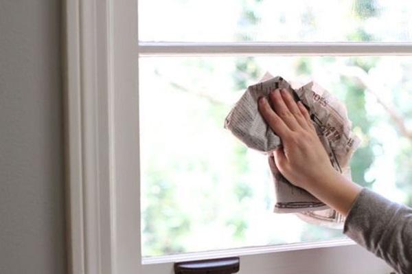Dùng muối chà lên cửa kính, điều bất ngờ sẽ xảy ra-1