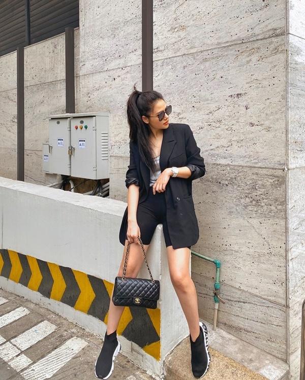Gu ăn mặc của Phanh Lee ngày càng gợi cảm-6