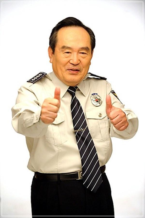 Park In Hwan - Ông bố quốc dân lấy đi nước mắt của hàng triệu khán giả-6