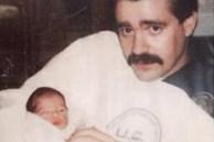 Bạn gái bỏ rơi con chung mới chào đời vào bãi rác, 25 năm sau, người đàn ông chứng kiến cảnh tượng không tưởng trên TV