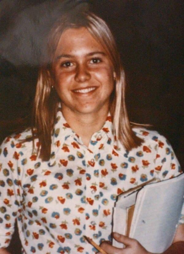Vụ án giết chết thiếu nữ 14 tuổi xinh đẹp, giỏi giang khiến cảnh sát mất hơn 2 thập kỷ mới phá giải dù hung thủ ở ngay trước mắt-2