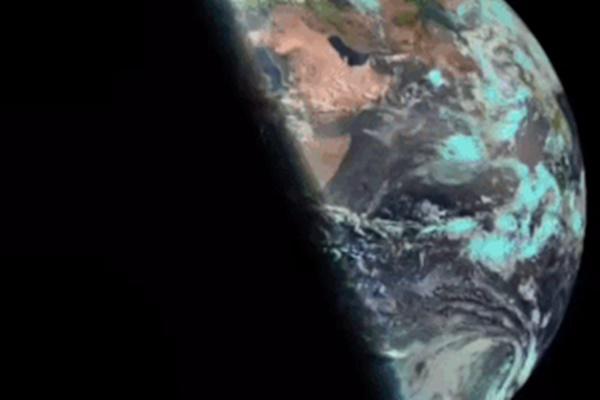 Hình ảnh nhật thực tuyệt đẹp từ khắp nơi trên thế giới-12