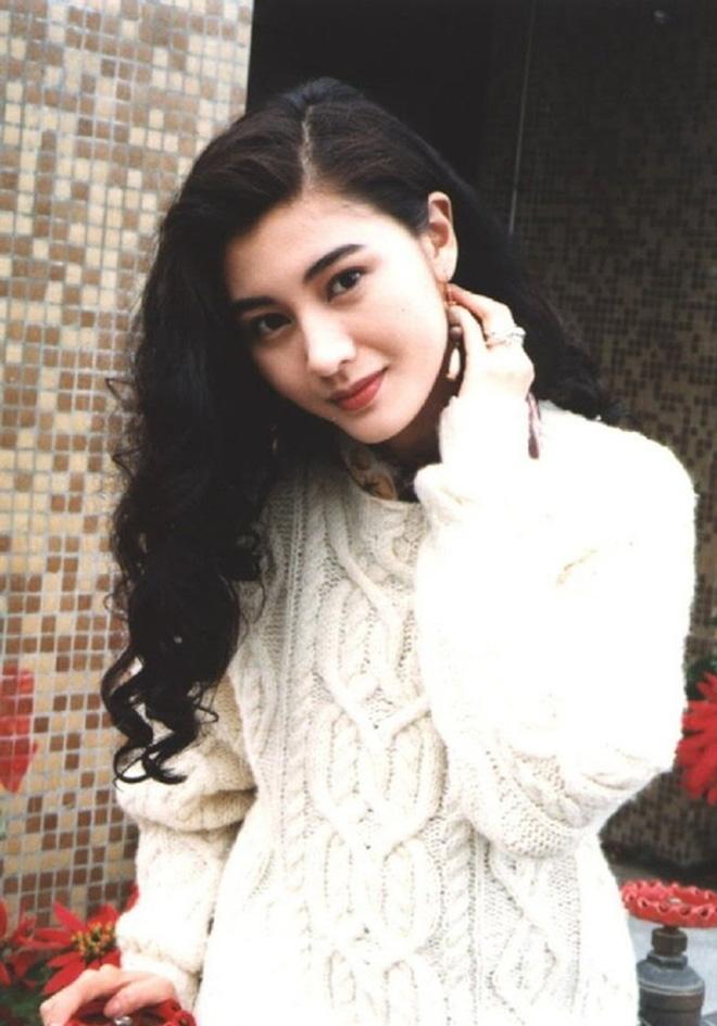 Hoa hậu đẹp nhất Hong Kong được 3 đại gia theo đuổi cùng lúc giờ ra sao?-4