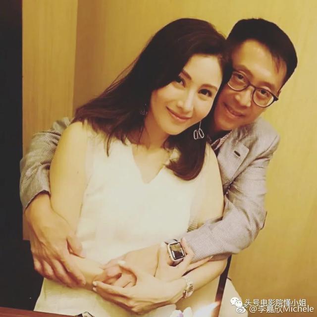 Hoa hậu đẹp nhất Hong Kong được 3 đại gia theo đuổi cùng lúc giờ ra sao?-15