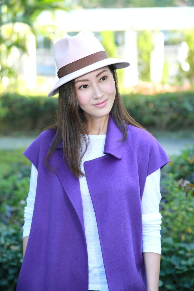 Hoa hậu đẹp nhất Hong Kong được 3 đại gia theo đuổi cùng lúc giờ ra sao?-12