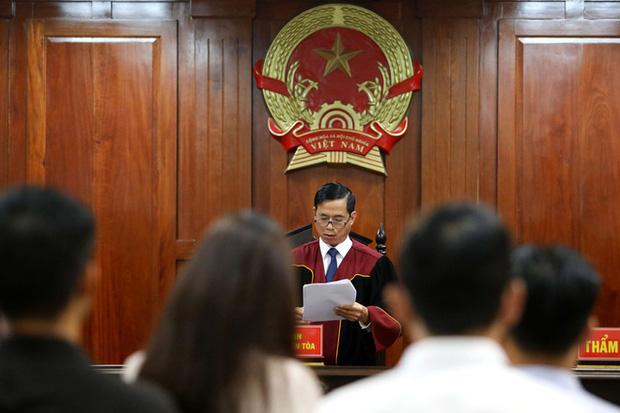 Vợ cũ BS Chiêm Quốc Thái chấp hành xong án tù trong vụ bỏ 1 tỷ thuê giang hồ đánh dằn mặt-2