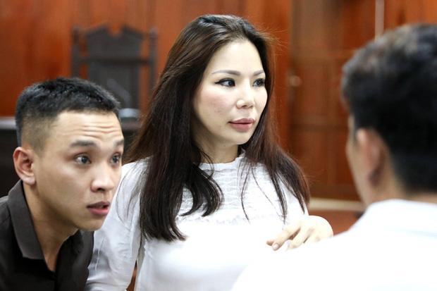 Vợ cũ BS Chiêm Quốc Thái chấp hành xong án tù trong vụ bỏ 1 tỷ thuê giang hồ đánh dằn mặt-5