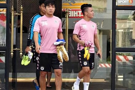 HLV trưởng Hà Nội FC: 'Quang Hải có thể bị xáo trộn tâm lý nhưng đội bóng sẽ bảo vệ cậu ấy'