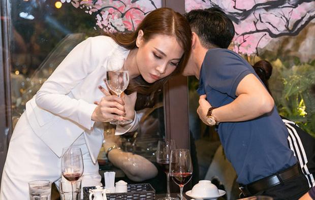 Nhóc tỳ nhà Cường Đô La - Đàm Thu Trang chưa sinh ra đã ngậm thìa... kim cương: Nhìn gia thế, tài sản cực khủng của bố mẹ là rõ-14