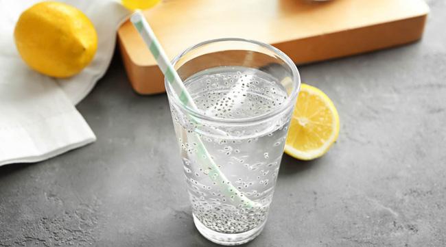 Uống đủ nước lọc đã giúp giảm cân nhưng nếu cho thêm 5 thứ này, bạn sẽ còn gầy đi nhanh nữa-2