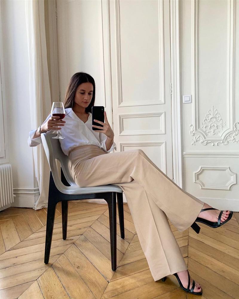 Để diện đồ công sở chuẩn xinh và thanh lịch không kém phụ nữ Pháp, chị em chỉ cần sắm 5 items-14