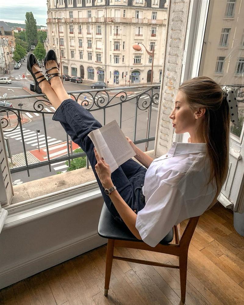 Để diện đồ công sở chuẩn xinh và thanh lịch không kém phụ nữ Pháp, chị em chỉ cần sắm 5 items-3