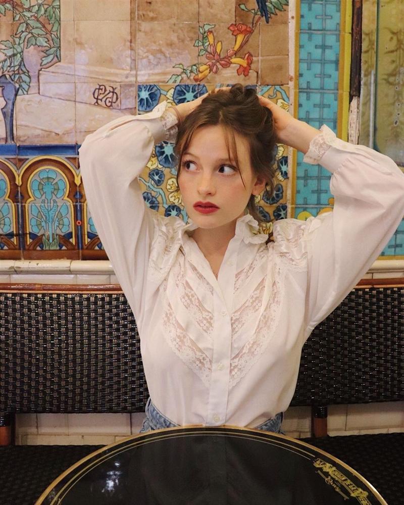 Để diện đồ công sở chuẩn xinh và thanh lịch không kém phụ nữ Pháp, chị em chỉ cần sắm 5 items-4