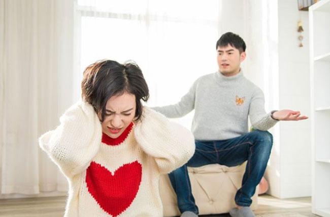 Khó tin nhưng có thật: Nhà tâm lý học chỉ ra đàn ông càng yêu, càng dễ lừa dối-1