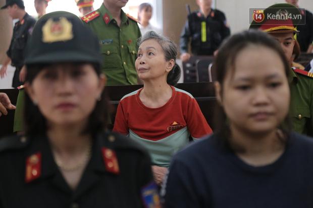 Vụ 2 thi thể trong thùng bê tông: Nữ chủ mưu phủ nhận giết người do bị quỷ Satan nhập, chỉ muốn bảo quản xác để cứu người-22