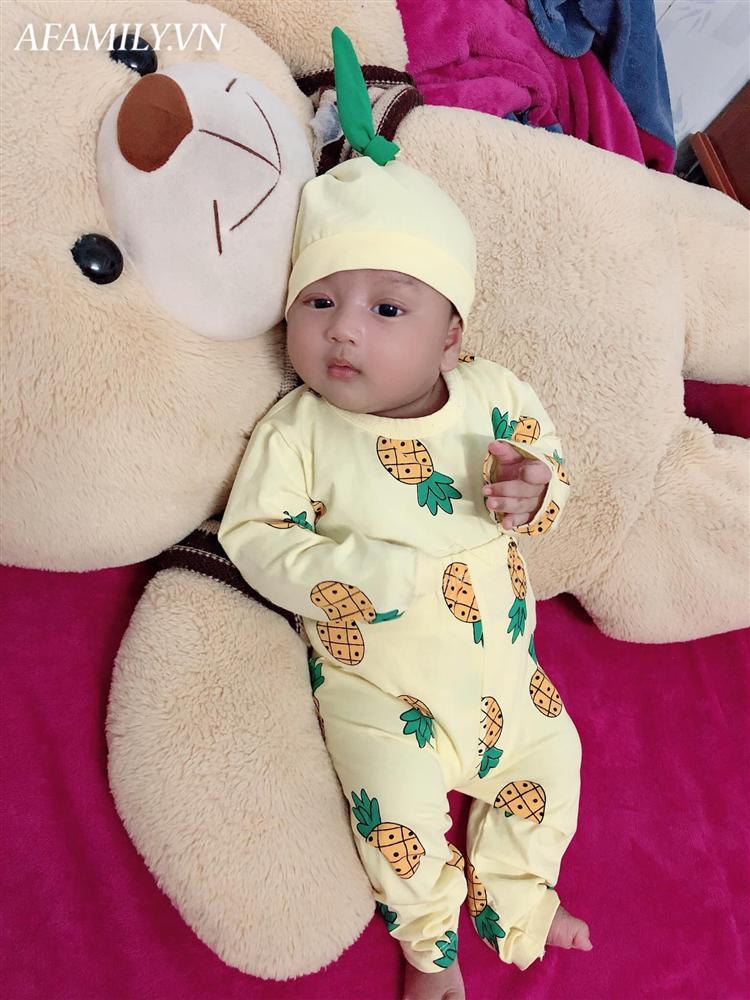 Lúc bầu bí hâm mộ Đặng Văn Lâm cuồng nhiệt, mẹ 9x Tây Ninh sinh con ra ai nhìn mặt bé cũng giật mình-13