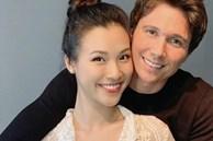 Không thể về dù Hoàng Oanh sắp vượt cạn, chồng tây soái ca facetime đàn hát ngọt ngào: Ngôn tình đời thực là đây!