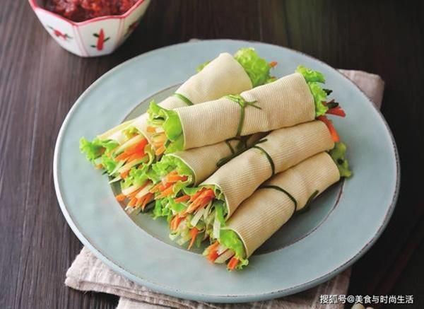 Váng đậu cuốn rau củ, món ngon giàu dưỡng chất cho những ngày chán cơm-1