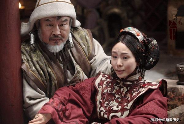 Hậu cung của Thành Cát Tư Hãn đa phần đều là nữ nhân phe địch, tại sao ông lại yên tâm để họ bên cạnh mà không sợ bị trả thù?-1