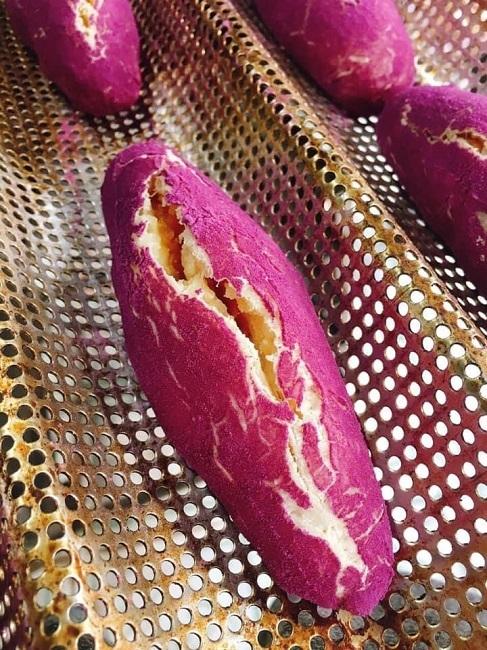 Bánh mì khoai lang tím sốt trên chợ mạng, ngày làm 500 chiếc không đủ bán-3