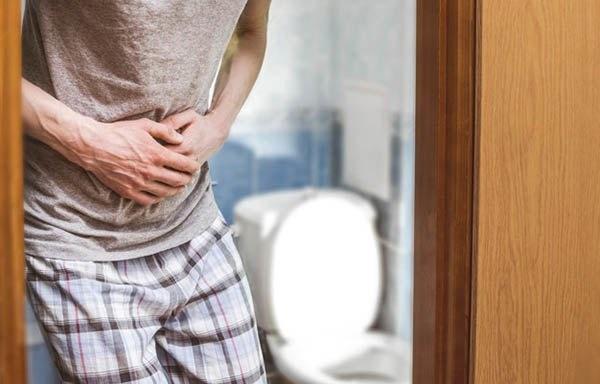 Đi vệ sinh có 3 dấu hiệu này, coi chừng ung thư ruột gõ cửa-3