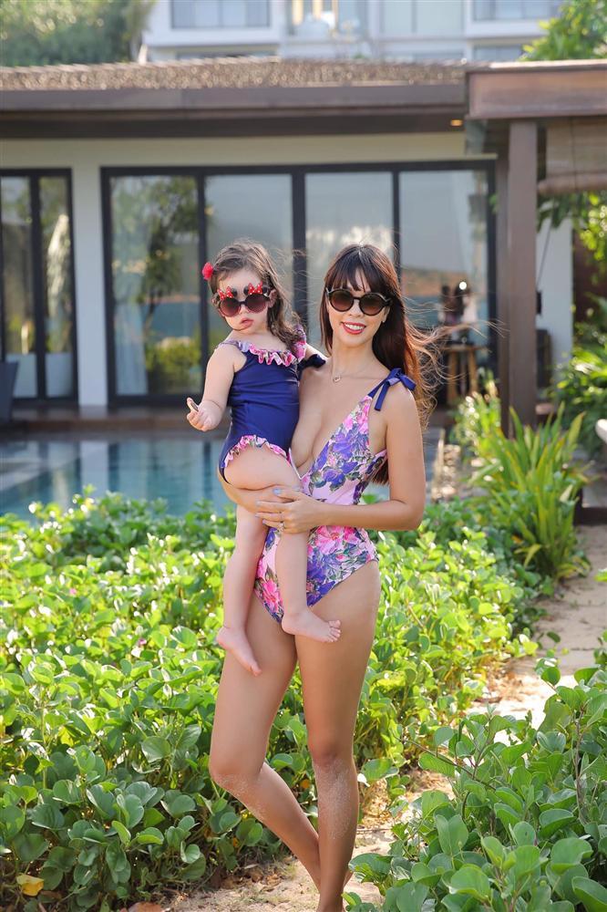 Bé Myla mới 2 tuổi đã sở hữu chiều cao của trẻ 3 tuổi, nhìn cách nuôi con của siêu mẫu Hà Anh có nhiều điều đáng học hỏi-2