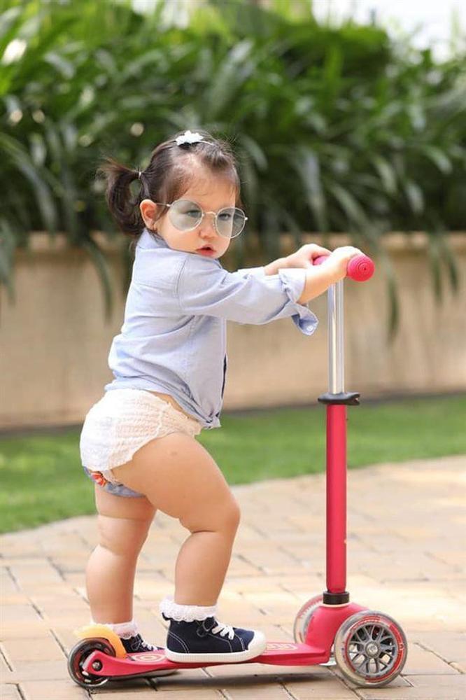 Bé Myla mới 2 tuổi đã sở hữu chiều cao của trẻ 3 tuổi, nhìn cách nuôi con của siêu mẫu Hà Anh có nhiều điều đáng học hỏi-9
