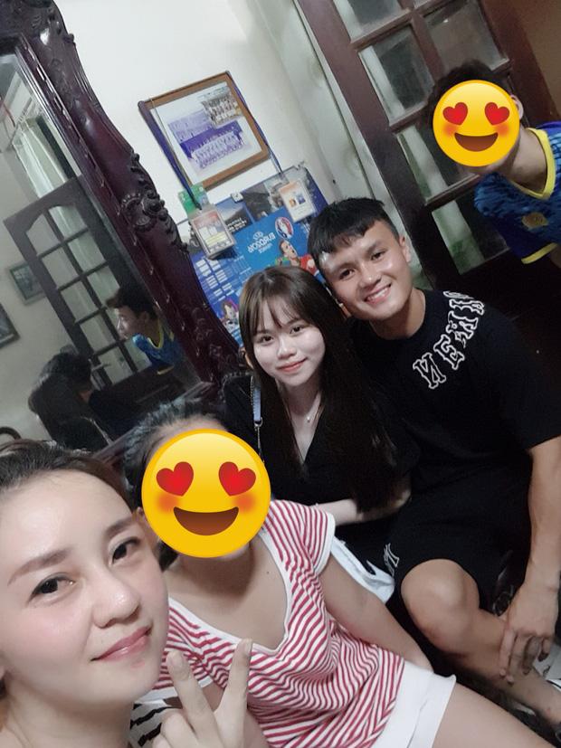 Bức ảnh của mẹ nuôi Quang Hải tiết lộ Huỳnh Anh là cô gái như nào sau biến cố chấn động của bạn trai-1